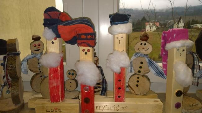 Weihnachtsbasteln 4 Klasse.Weihnachtliches Basteln Der Klasse 4 Johannlandschule Hainchen